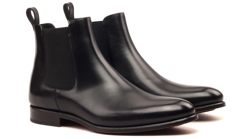Chelsea boots in black box calf cambrillon