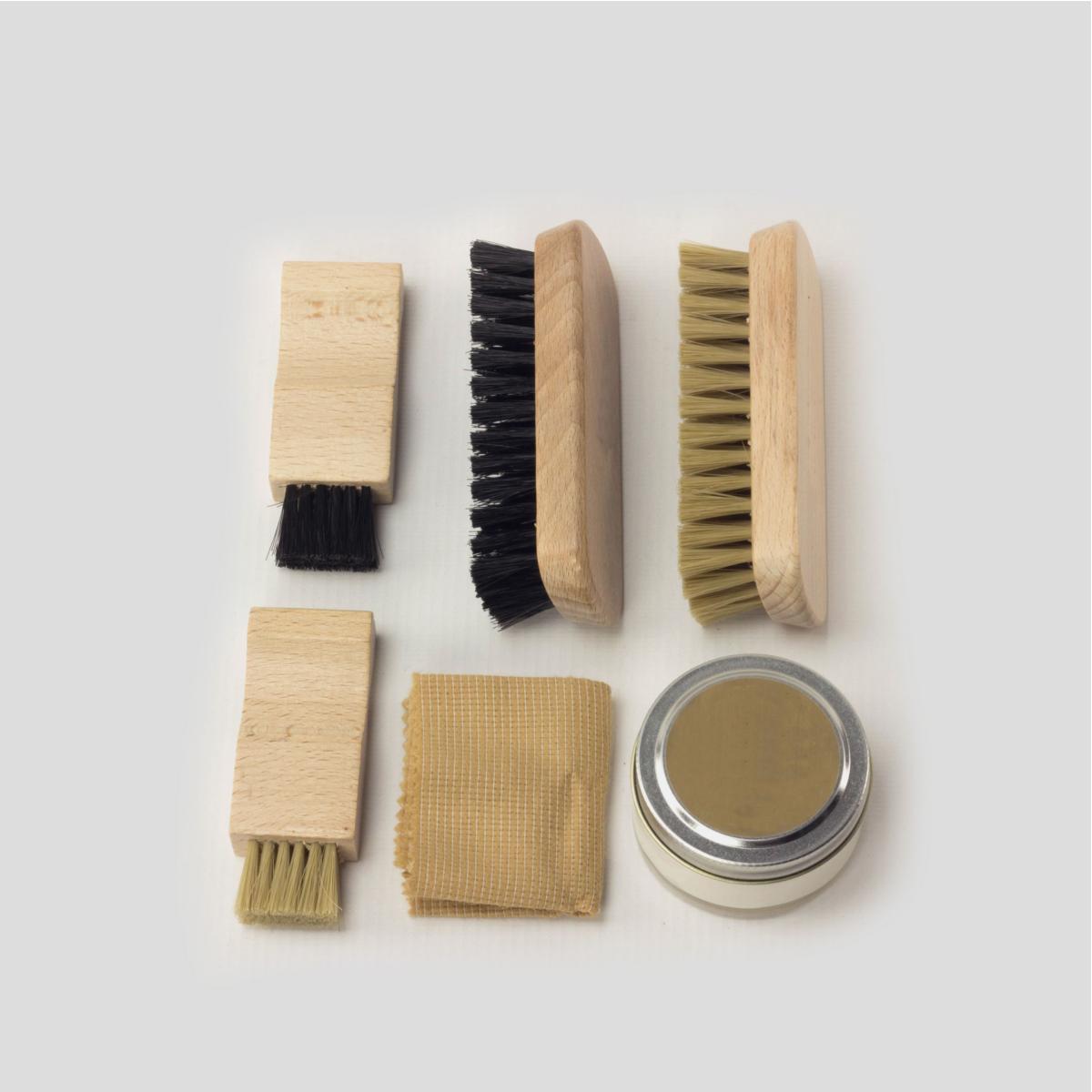 Kit de limpieza para zapatos de piel