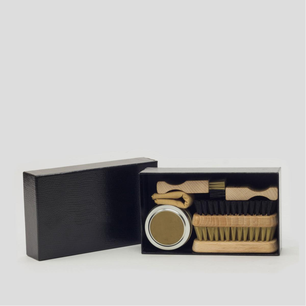 Leather Shoe Care Kit  CAMBRILLON 3
