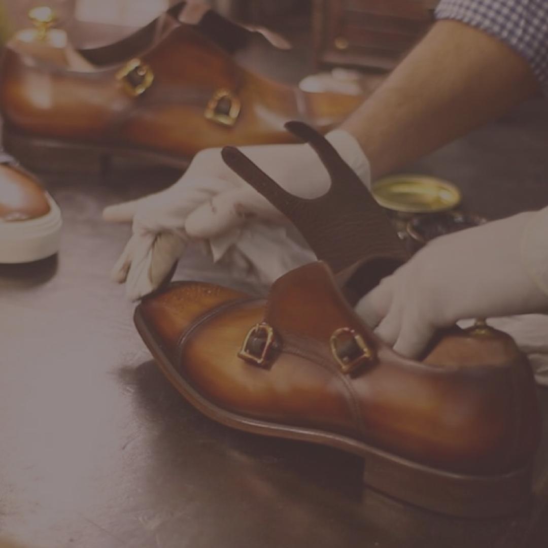 Cambrillon zapatos personalizados para hombre patinados a mano