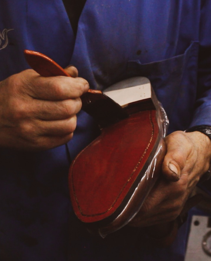 Cambrillon zapatos personalizados para hombre con suela de piel pintada a mano