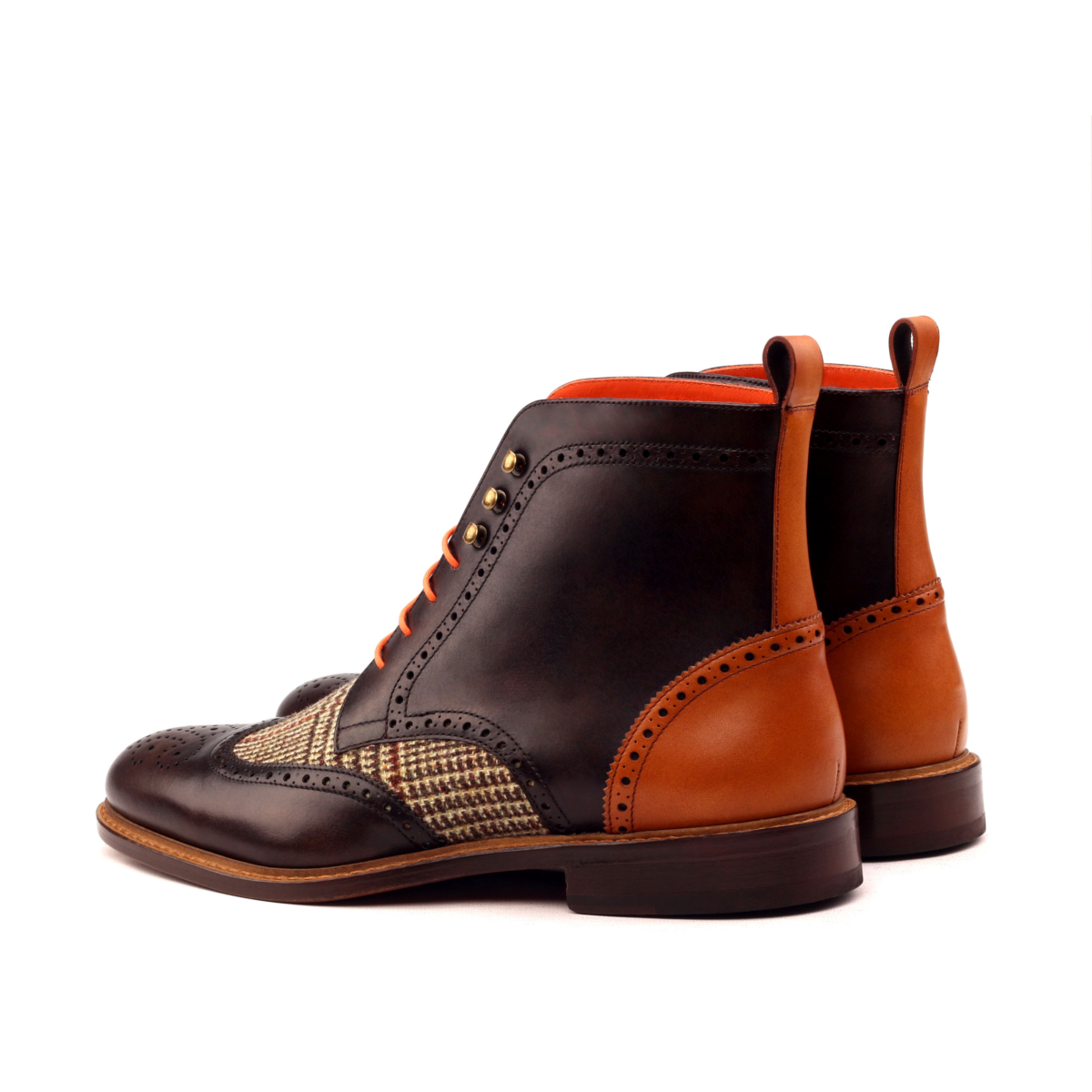 Bota wingtip en boxcalf y tweed