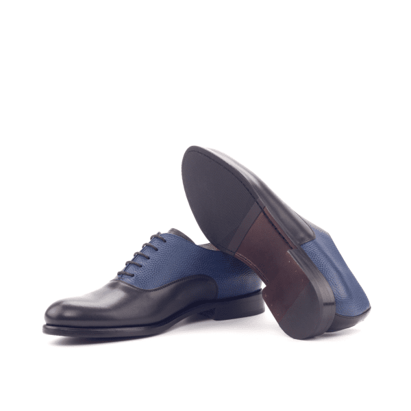 Bespoke Black Saddle Oxford shoes in leather for women Cambrillon